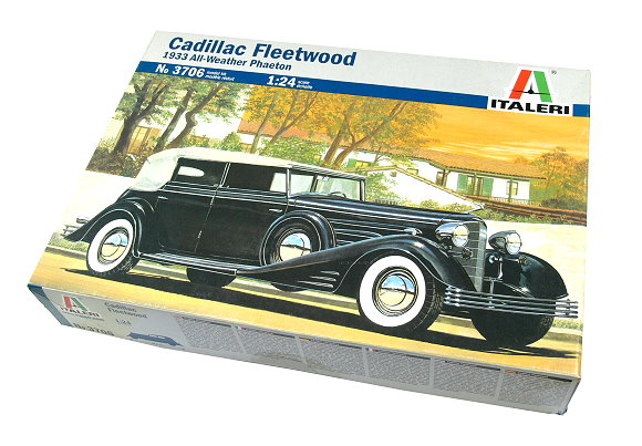 ITALERI Automotive Model 1/24 Classic Cars Cadillac Fleetwood Hobby 3706 T3706