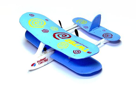 Biplane RC Model Aircarft 2ch Infrared Blue Mini R/C Hobby Airplane RTF EA536