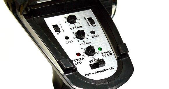 FLYSKY RC Model FS-GT2B 3ch 2.4GHz R/C Hobby Transmitter & GR3C Receiver TS910