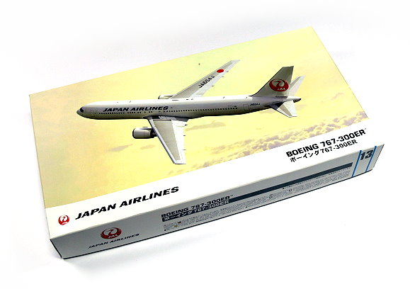 Hasegawa Aircraft Model 1/200 JP Airlines Boeing 767-300ER 13 Hobby 10713 H0713