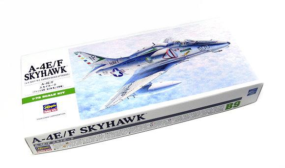 Hasegawa Aircraft Model 1/72 A-4E/F Skyhawk U.S. Carrier-Based B9 00239 H0239