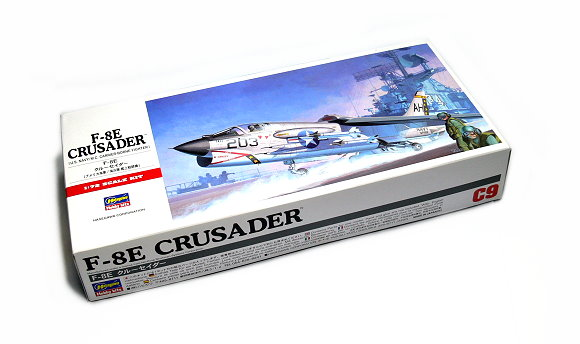 Hasegawa Aircraft Model 1/72 F-8E Crusader U.S. Navy/M.C. C9 Hobby 00339 H0339
