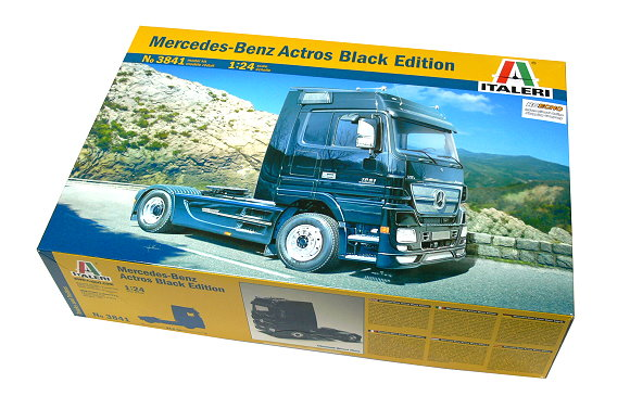 ITALERI Truck & Trailers Model 1/24 Mercedes-Benz Actros Black Hobby 3841 T3841