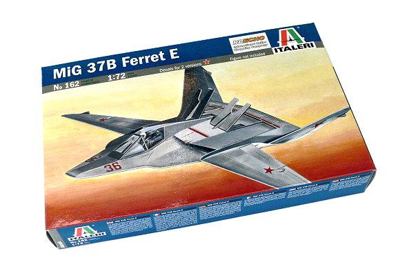 ITALERI Aircraft Model 1/72 MiG 37B Ferret E Scale Hobby 162 T0162