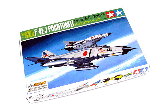 Tamiya Aircraft Model 1/100 Airplane McDONNELL DOUGLAS F-4EJ Phantom II 60028