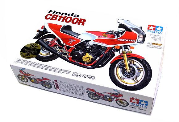 Tamiya Motorcycle Model 1/12 Motorbike Honda CB1100R Scale Hobby 14008