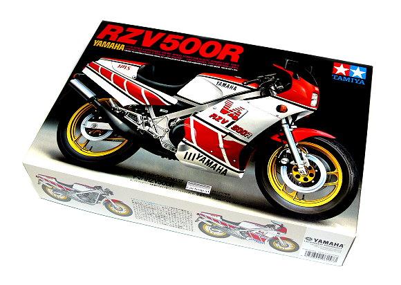 Tamiya Motorcycle Model 1/12 Motorbike YAMAHA RZV500R Scale Hobby 14037