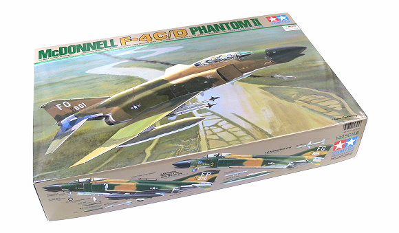 Tamiya Aircraft Model 1/32 Airplane McDNNELL F-4C/D Phantom II Scale Hobby 60305