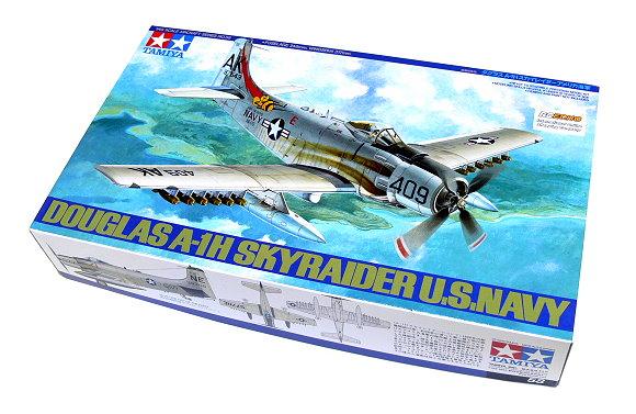 Tamiya Aircraft Model 1/48 Airplane DUGLAS A-1H SKYRAIDER U.S. Navy Hobby 61058