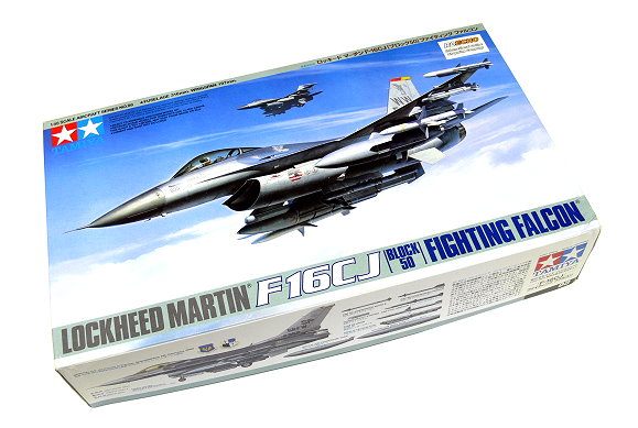 Tamiya Aircraft Model 1/48 Airplane LOCKHEED MARTIN F-16CJ Block 50 Hobby 61098