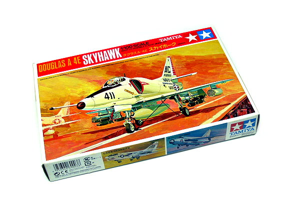 Tamiya Aircraft Model 1/100 Airplane Douglas A-4E Skyhawk Scale Hobby 60003