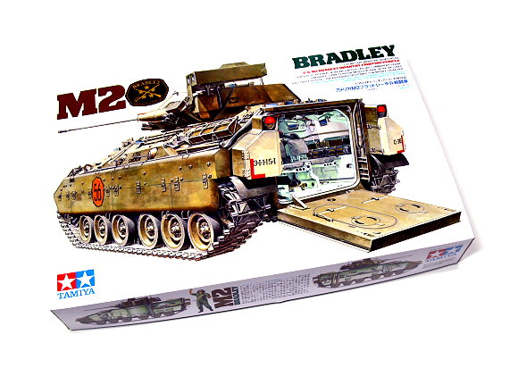 Tamiya Military Model 1/35 U.S. M2 Bradley IFV Model Scale Hobby 35132