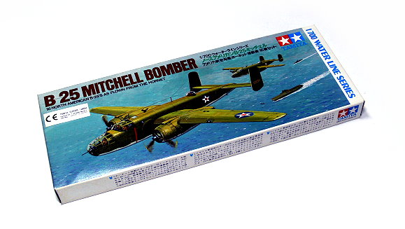 Tamiya Aircraft Model 1/700 Airplane B-25 Mitchell Bomber Hobby 77702