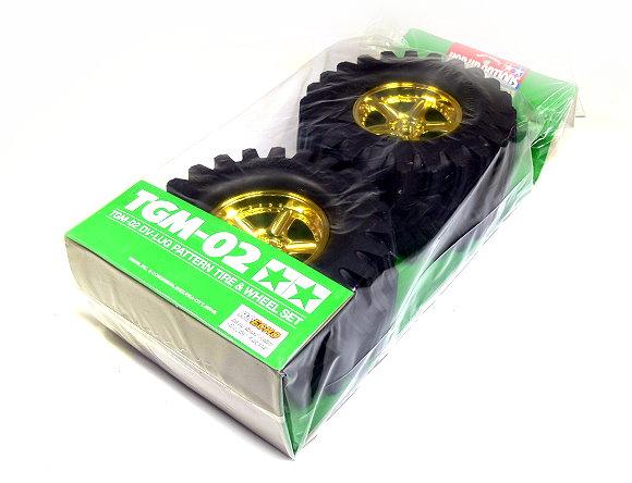 Tamiya RC Model TGM-02 DV-Lug Pattern Tire & Wheel Set (Gold,1 Pair) 53540