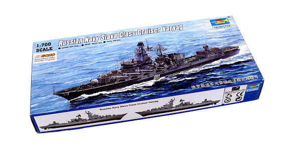 TRUMPETER Military Model 1/700 War Ship Russian Slava Cruiser Varyag 05721 P5721