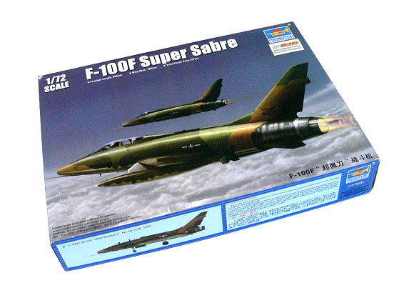 TRUMPETER Aircraft Model 1/72 F-100F Super Sabre Scale Hobby 01650 P1650